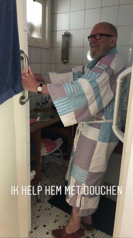Johan in de douche