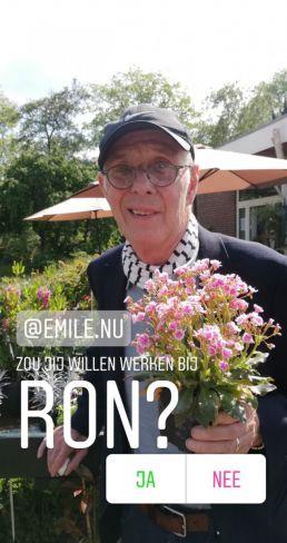Ron met bloemetje